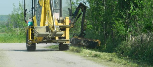 Радови на редовном одржавању некатегорисаних путева на територији Градске општине Обреновац